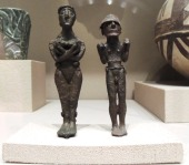 Male and female figures Syria about 3200-2800 BC