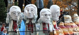 Mt Rushmore costumes from the South Dakota float